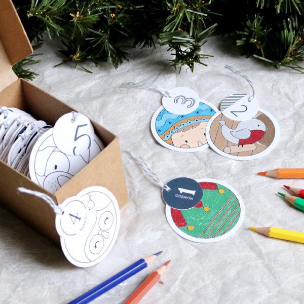 Calendrier de l'avent boules de Noël à colorier